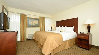 Clarion Inn & Suites Near Fort Sam Houston photos Room