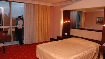 Amisos Airport Hotel photos Room