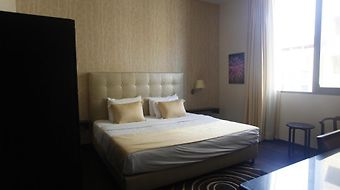 Jamila Suites photos Room