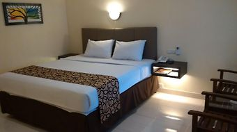 Hotel Pasuruan photos Room