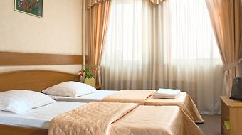 Molodyozhny Hotel Moscow photos Room Suite Twin