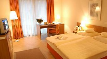 Hotel Collegium Leoninum photos Room Standard Room