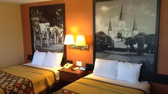 Super 8 New Orleans photos Room