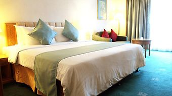 Riverside Majestic Hotel Kuching photos Room