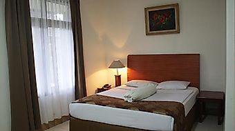 Ratih Hotel photos Room
