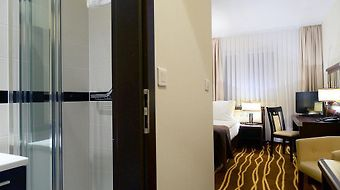 Best Western Plus Business Faltom photos Room