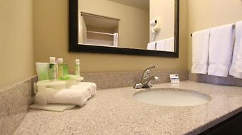 Holiday Inn Express Libertyville photos Room