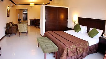 Dreamworld Resort Hotel And Golf Course photos Room