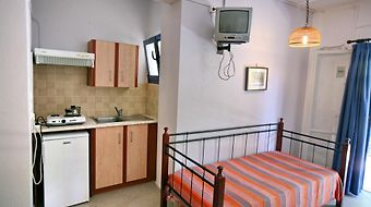 9 Musses Hotel Apartments photos Room