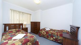 Eastwood Serviced Apartments photos Room