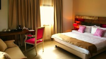 Swiss Spirit Hotel And Suites Freetown photos Room