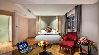 Kingtown Hotel Hongkou photos Room Business Room