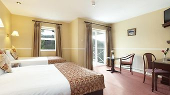 Woodenbridge Hotel And Lodge photos Room