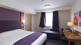 Premier Inn Belfast City Center Waring Street photos Room