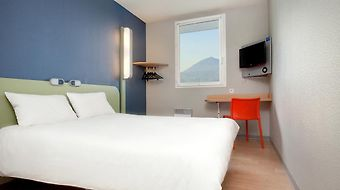 Ibis Clermont Ferrand Nord Riom photos Room