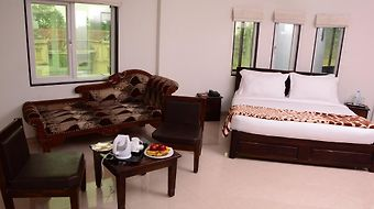 Shree Avezika Comfort photos Room