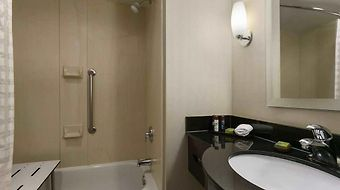 Embassy Suites Dulles - North/Loudoun photos Room