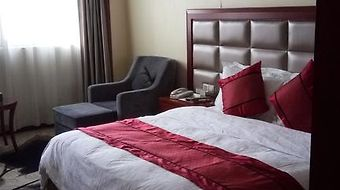 Jinfeng International Hotel photos Room