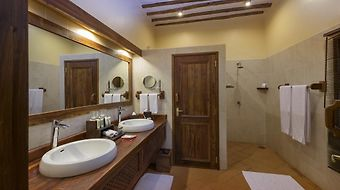 Exploreans Ngorongoro Lodge photos Room