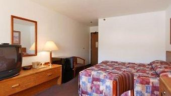 Super 8 Tilton/Lake Winnipesaukee photos Room