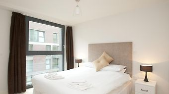 Cleyro Serviced Apartments - Finzels Reach photos Room