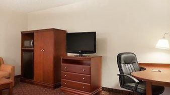 Baymont Inn & Suites Sioux Falls photos Room