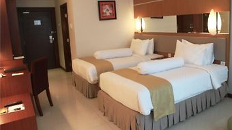 Grand Artos Aerowisata photos Room