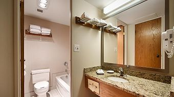 Best Western Plus Lamplighter Inn & Conference photos Room