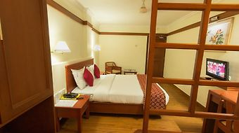 Hotel Aiswarya photos Room