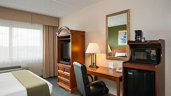 Holiday Inn Express Hauppauge-Long Island photos Room