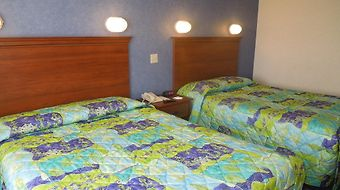 Cedar Point'S Sandcastle Suites photos Room