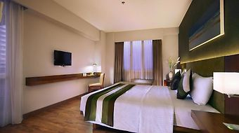 Grand Whiz Kelapa Gading photos Room