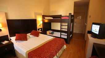 Garden Resort Bergamot Hotel photos Room Double Room with bunkbeds
