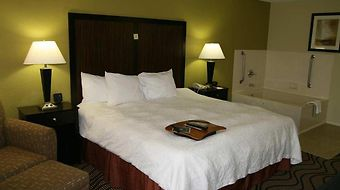 Hampton Inn Kerrville photos Room King Whirlpool