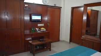 Airport Hotel Vishal Residency photos Room