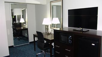 Quality Inn & Suites Downtown photos Room