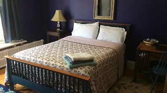 Elliott House Bed & Breakfast photos Room