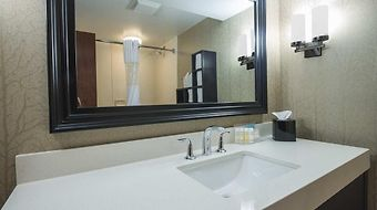Hampton Inn Greenwood photos Room