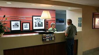 Hampton Inn Hillsville photos Room