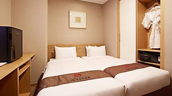 Hotel Skypark Myeongdong 2 photos Room
