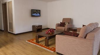 Heri Heights Serviced Apartments photos Room