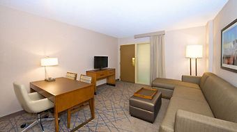 Embassy Suites Seattle - North/Lynnwood photos Room Pet-Friendly Suite