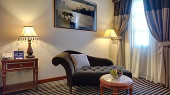 Royal Ascot Hotel photos Room