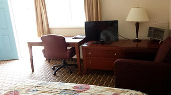 Executive Inn And Suites - Lakeview photos Room