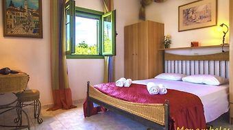 Monambeles Villas photos Room
