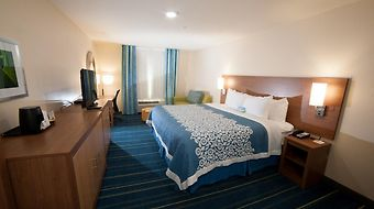 Days Inn North Dallas/Farmers Branch photos Room