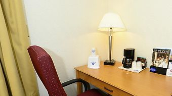 Americas Best Value Inn And Suites St Cloud photos Room