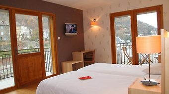 Le Chalet photos Room