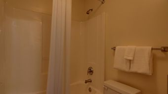 Crestwood Suites Of Snellville photos Room