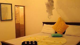 Thenu Rest Guest House photos Room